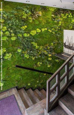 Jardín vertical de Monamour Natural Design para SERGI AROLA GASTRO